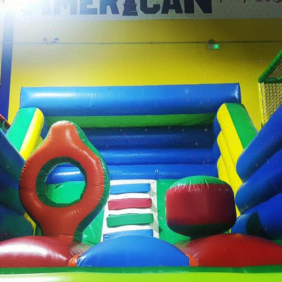 parque-de-bolas-american-play-dinner